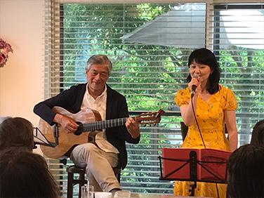 昭和歌謡カラオケ教室